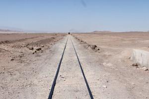 Eisenbahn, Ruta 23 bei Calama, Acadamawüste, Region Antofagasta, Chile