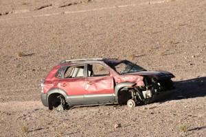 abgestürztes Auto, Ruta 23, Richtung Grenzübergang Paso Sico, Region de Antofagasta, Atacamawüste, Chile