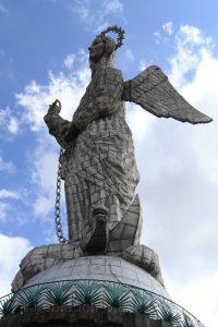 Statue de Virgin de Quito